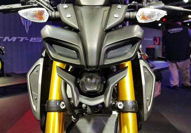 Đèn pha Yamaha MT15 2019