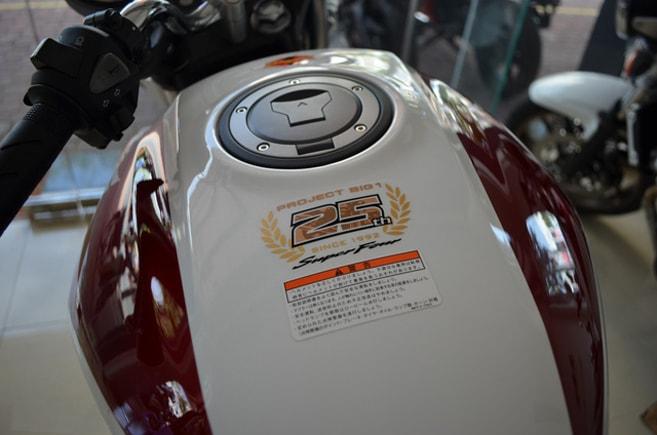 Honda CB400 SF 2019 kỉ niệm 25 năm