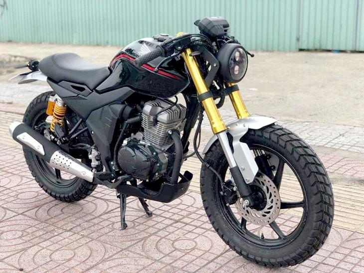 Honda CB150 Verza version Cafe Racer