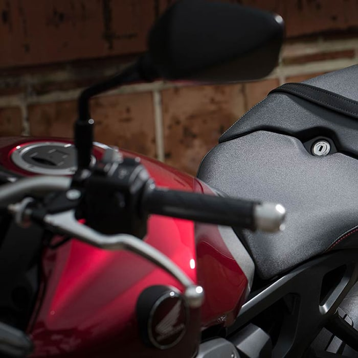 yen xe Honda CB1000R ABS 2020