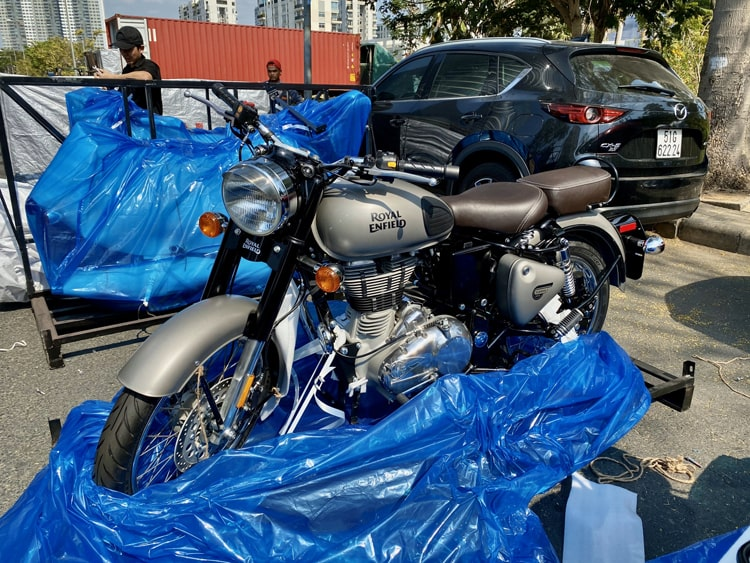 Royal Enfield Bullet 500 2020