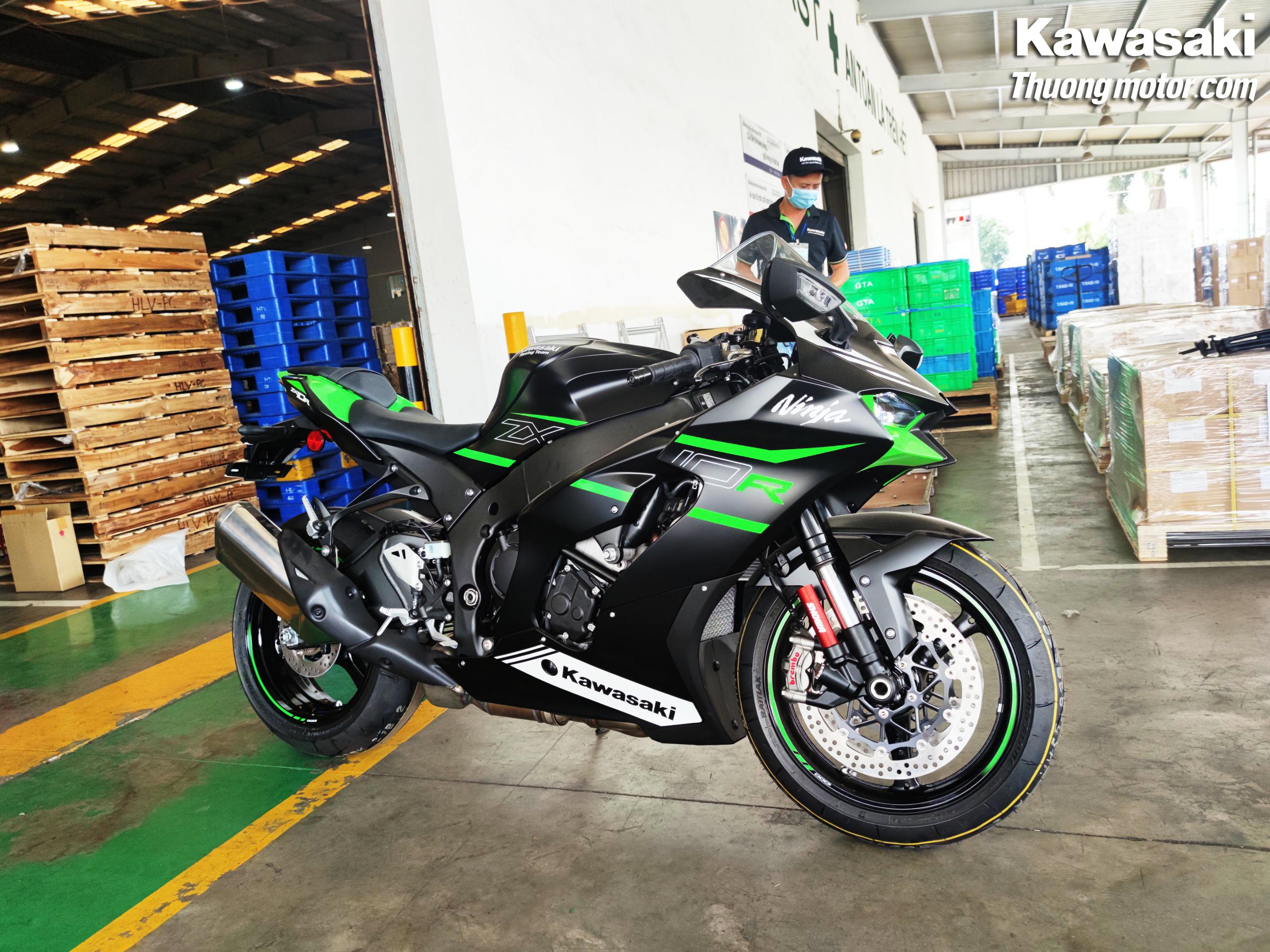 Kawasaki ZX10R 2021 tại Thưởng Motor