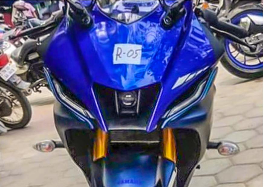 Hình ảnh phiên bản Yamaha R15 V4